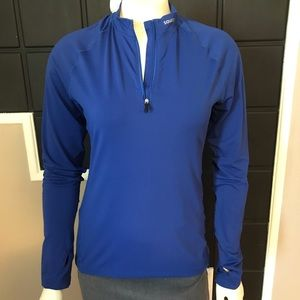 ⭐️ 3 for $25 ⭐️ Saucony long sleeve top